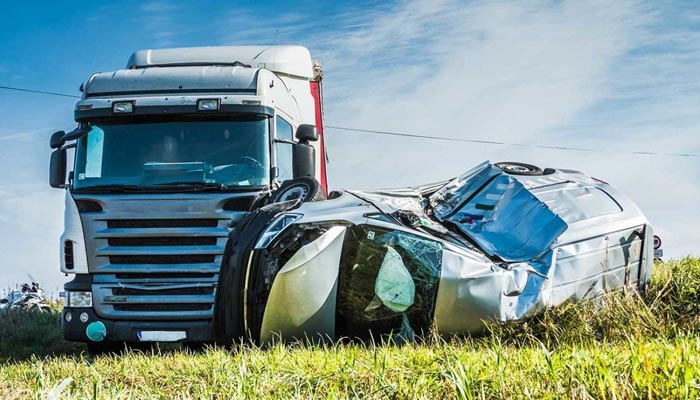 Truck Accident Lawyers Can Advise You on Your Claim